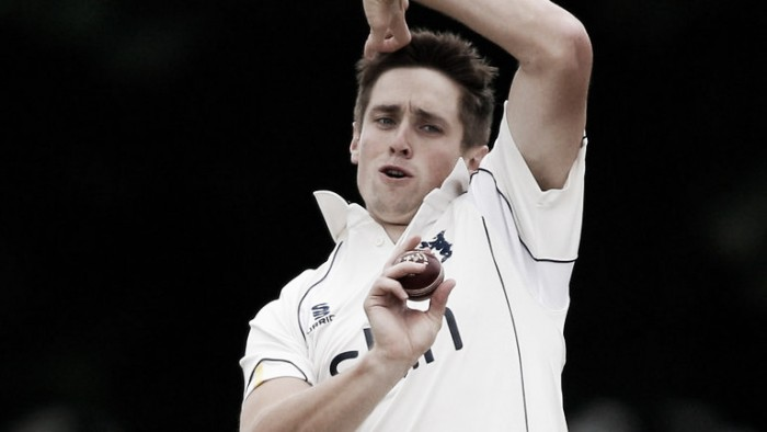Woakes leads trio of Bears to sign new deals at Edgbaston