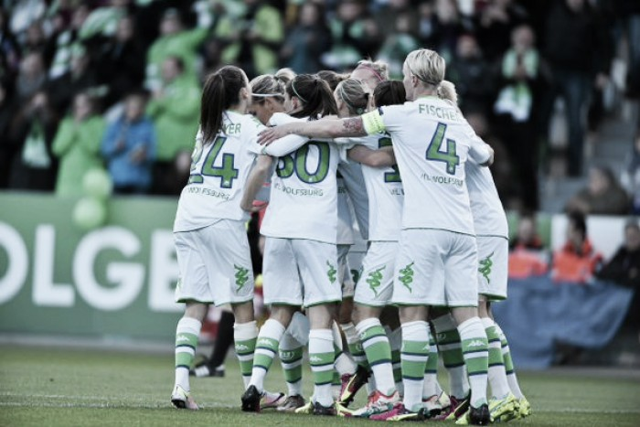 VfL Wolfsburg Frauen 4-0 1. FFC Frankfurt: Wolves secure sizeable first-leg lead