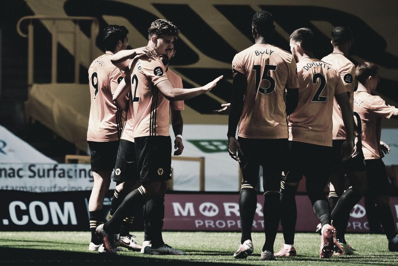 Wolverhampton domina Everton e volta a vencer na Premier League