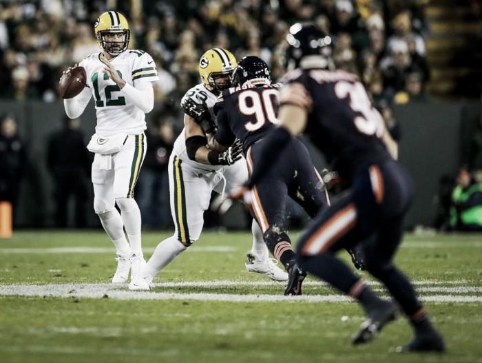 Em casa, Packers bate rival Bears na abertura da semana 7 da NFL e segue vivo por classificação