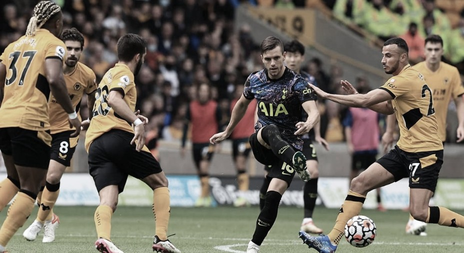 Goals and Highlights Wolverhampton 2 (2) - (3) 2 Tottenham