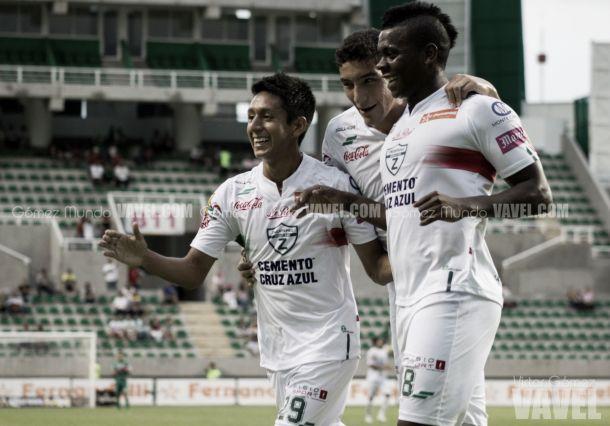 Fotos e imágenes del Zacatepec 5-2 Necaxa de la jornada cinco de la Copa MX