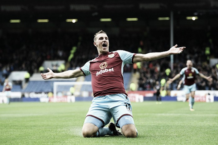 Chris Wood marca novamente, Burnley vence e Palace continua sem pontuar na Premier League
