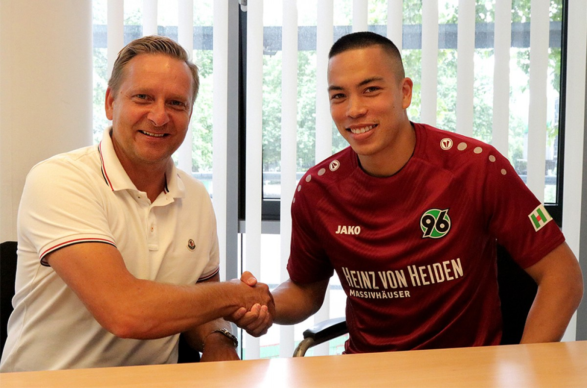 Hannover 96 bring in Bobby Wood on loan