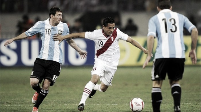 Resultado Peru x Argentina pelas Eliminatórias 2018 (2-2)
