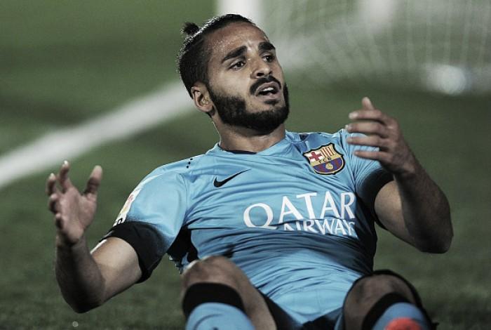 """Douglas relembra difícil passagem pelo Barcelona: """"Chegava em casa chorando"""""""