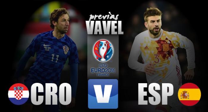 Precisando de um empate para se classificar, Croácia encara já classificada Espanha