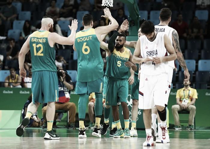 Austrália cresce no fim, derrota Sérvia e mantém invencibilidade no basquete masculino
