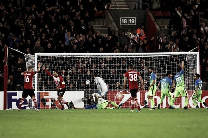 Southampton vira sobre Inter e fica confortável na briga pela classificação
