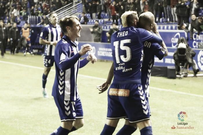 Deyverson marca e Alavés derrota Real Bétis na abertura da rodada