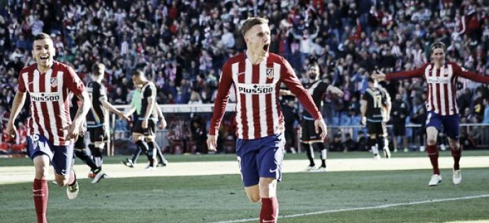 Griezmann marca no primeiro toque na bola e Atlético de Madrid vence Rayo no Calderón