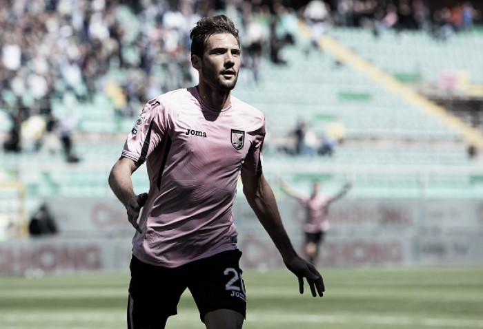 Sevilla oficializa acerto com meia-atacante Franco 'Mudo' Vázquez, ex-Palermo