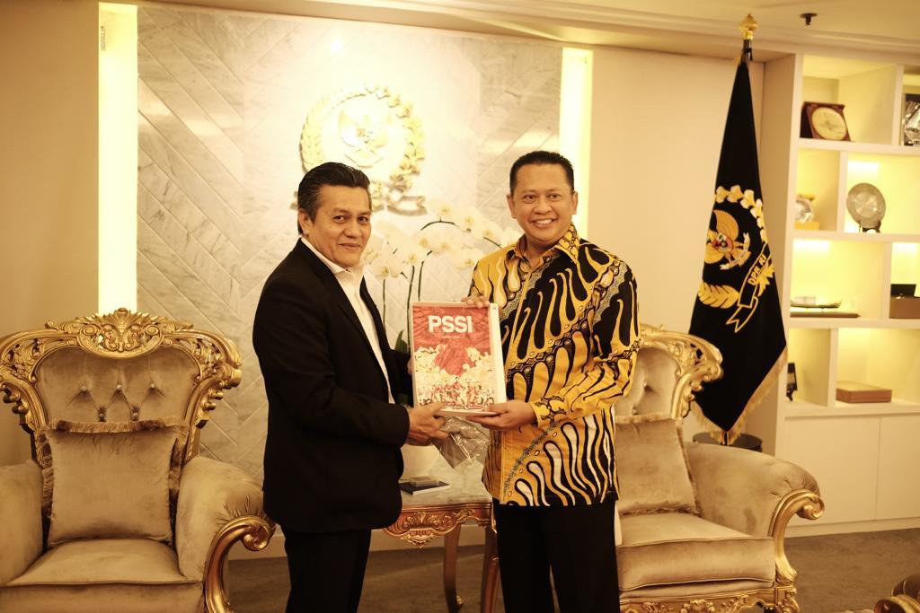 Ketua DPR Berharap Sepak Bola Indonesia Maju Pesat