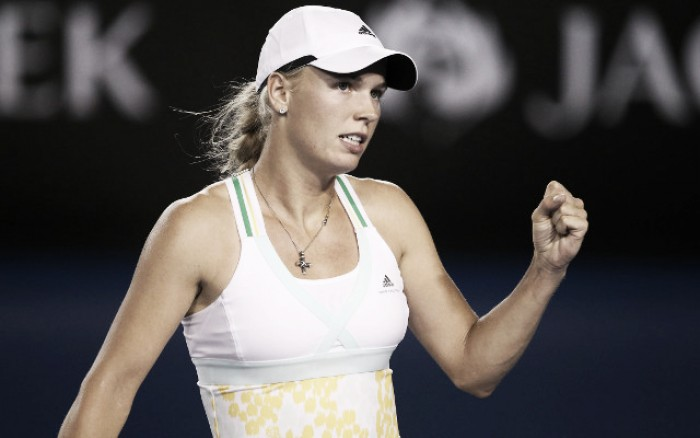 Caroline Wozniacki defeats Samantha Stosur to reach third at Eastbourne
