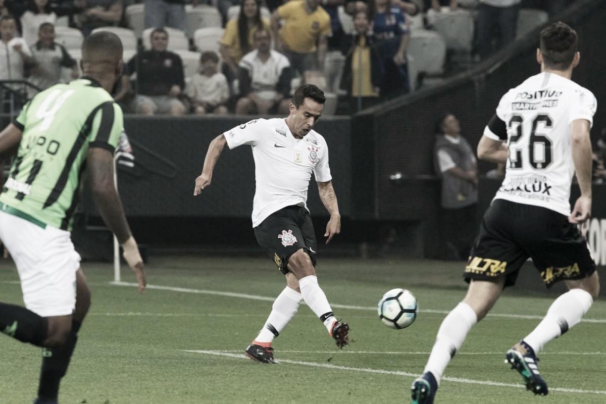 Corinthians supera América-MG pelo placar mínimo e dá primeira vitória para Osmar Loss