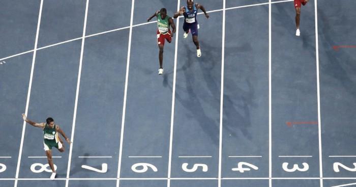 Rio 2016: Wayde Van Niekerk breaks Michael Johnson's world record on way to 400m title