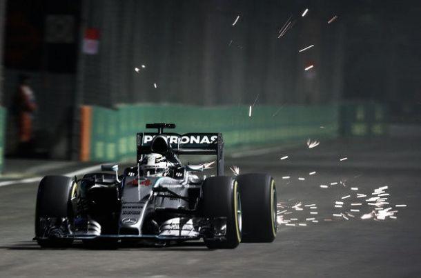 """F1, delusione Mercedes a Singapore. Hamilton: """"Impossibile sperare nella vittoria"""""""