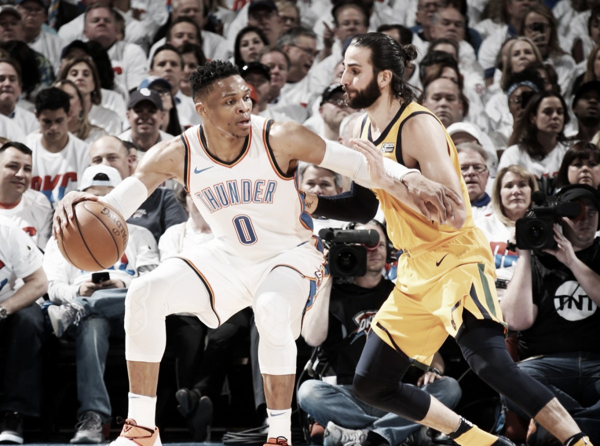 Em jogo de reviravoltas, Jazz bate Thunder e empata série nos playoffs