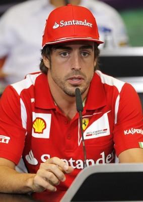 """Alonso: """"Le dedico esta pole a María de Villota"""""""