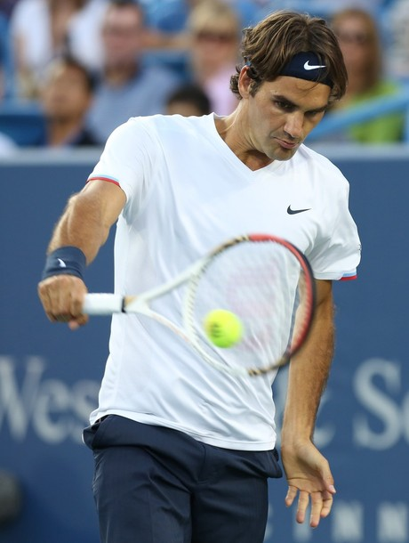 Federer no da tregua