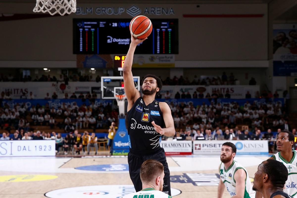 Legabasket: Trento domina Avellino e chiude la serie