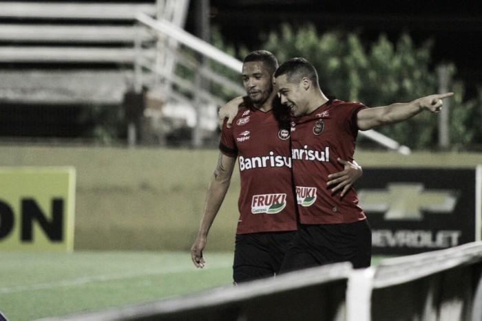 Brasil de Pelotas bate Bragantino em pleno Nabi Abi Chedid e cola no G-4 da Série B