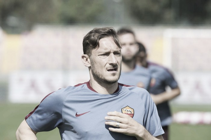 """Roma, Totti fa chiarezza: """"Rinnovo? Nessun problema economico"""""""
