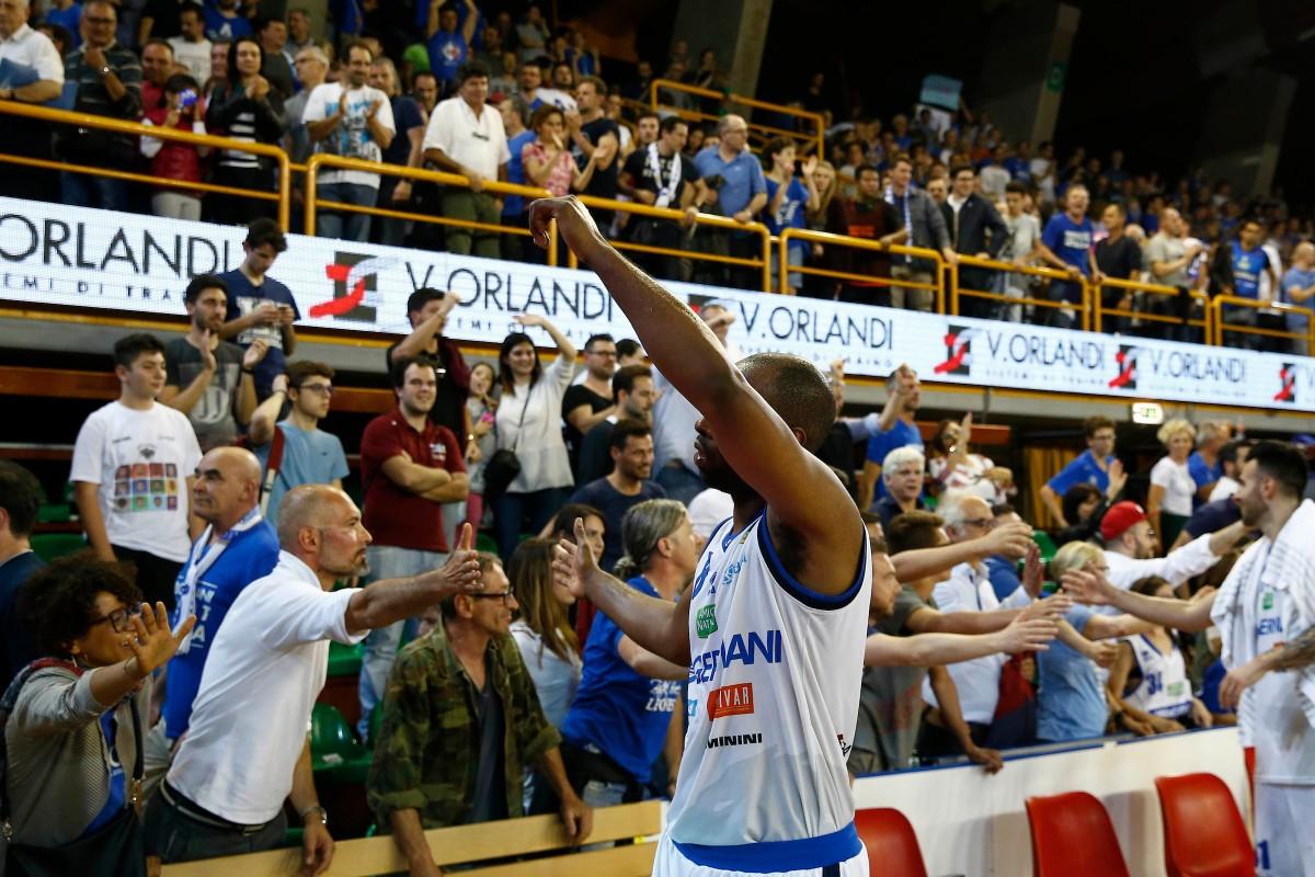 Lega Basket - Brescia torna alla vittoria battendo all'overtime Torino (98-95)