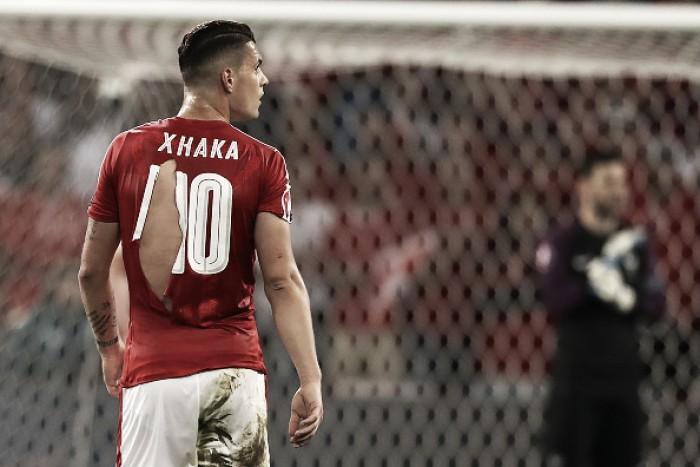 """Shaqiri ironiza camisas rasgadas da Suíça: """"Tomara que a Puma não produza camisinhas"""""""