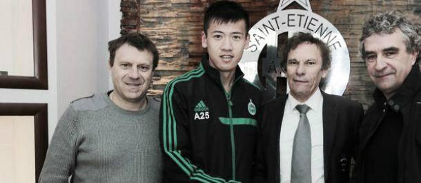 Chinês de 18 anos acerta com o Saint-Étienne