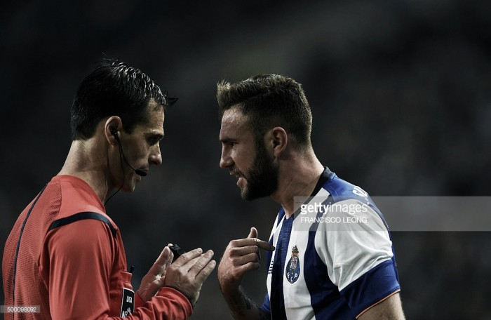 FC Porto deixa duras críticas a Carlos Xistra