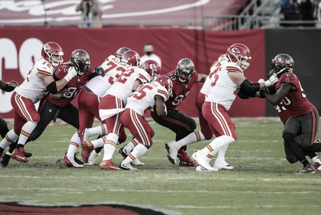Bucs, Chiefs, Brady e Mahomes: relação dos principais personagens com Super Bowl