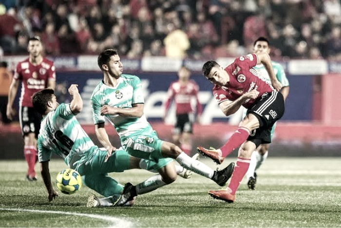 https://img.vavel.com/xolos-vs-santos-cr1502950339590-7809909689.png