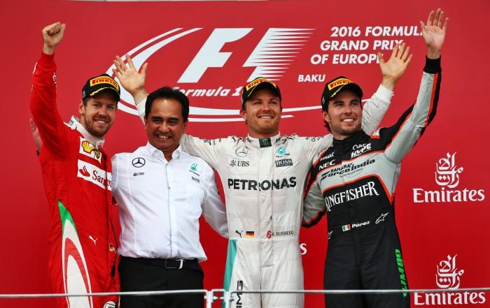 Nico Rosberg vence Baku e volta a abrir vantagem sobre Lewis Hamilton