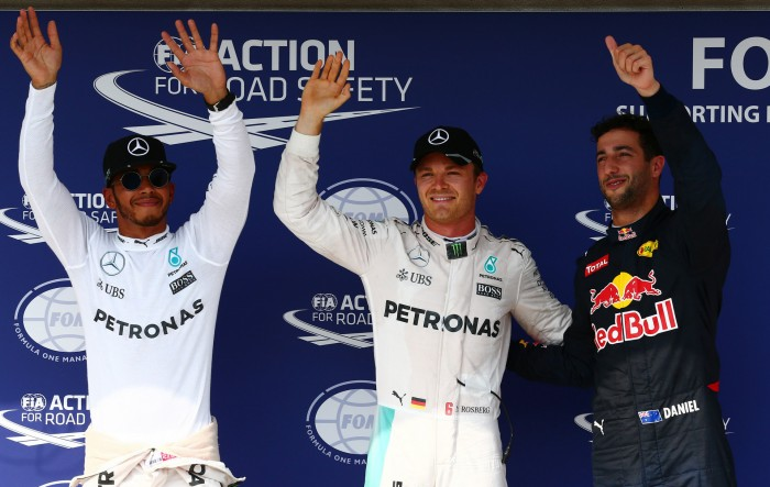 Hamilton é atrapalhado por bandeira amarela no final e Rosberg crava pole position na Hungria