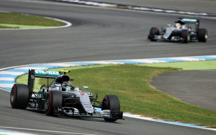 Nico Rosberg lidera primeira sessão de treinos livres na Alemanha