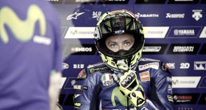 Brutta caduta per Rossi in motocross, ma non è grave