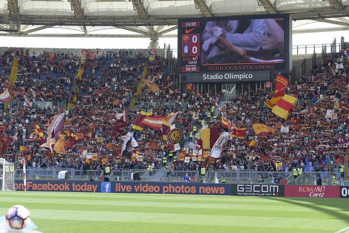 Calciomercato Roma, De Rossi: distanza sul rinnovo. Conte lo vuole
