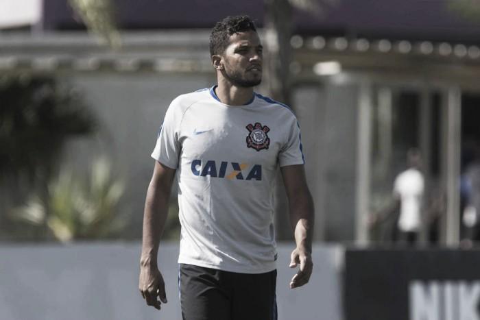 Pego na contraprova, Yago é suspenso e desfalca Corinthians por 30 dias