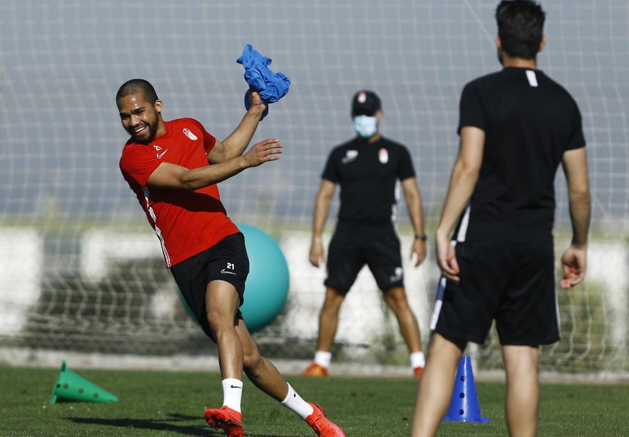 Yangel Herrera se incorpora a los entrenamientos