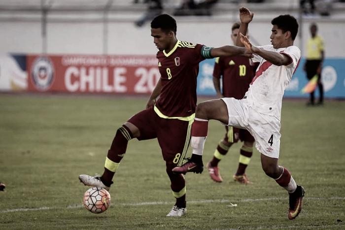 Yangel Herrera, elegido como el mejor jugador del partido ante Perú