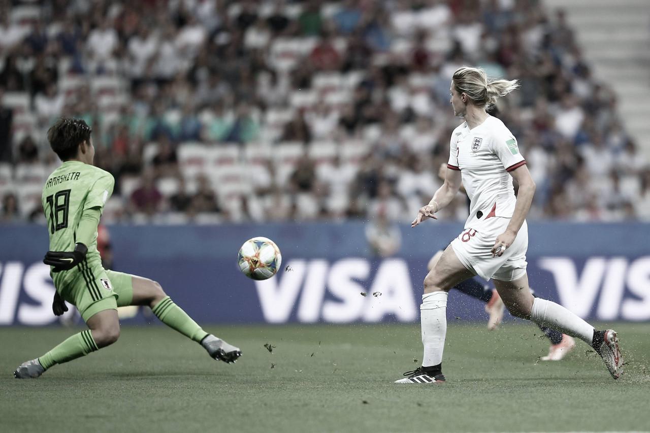 Com dois de White, Inglaterra vence Japão e confirma liderança do Grupo D