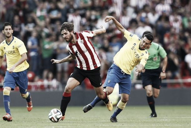 Yeray, un coloso en la zaga del Bilbao Athletic