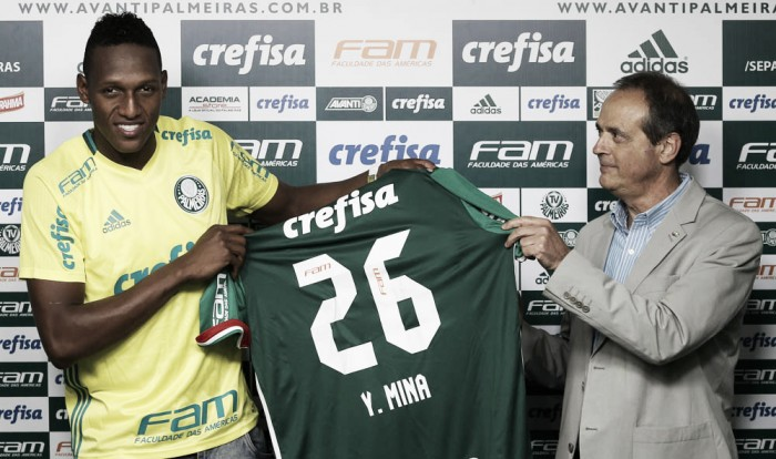 Yerry Mina é apresentado no Palmeiras e trata Allianz Parque como 'templo sagrado'