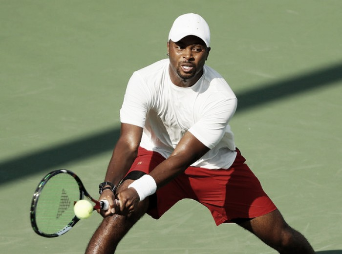 Donald Young sabe sufrir en su debut
