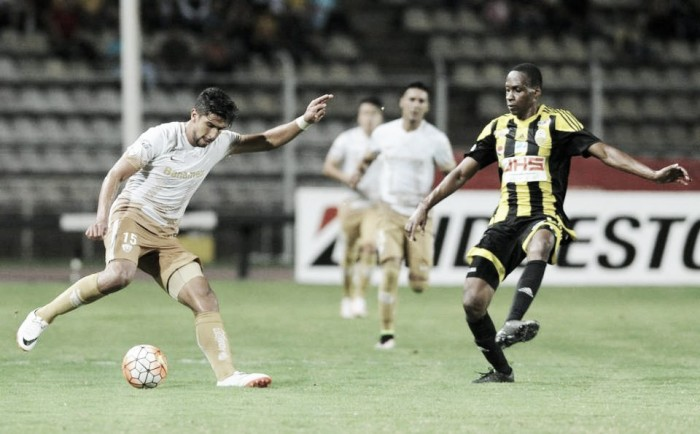 Yuber Mosquera's strike gives Táchira advantage in first leg over Pumas UNAM