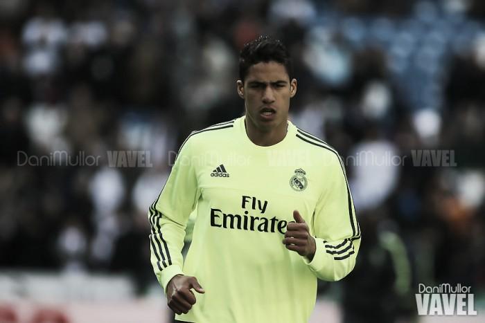 Manchester United oficializa contratação de zagueiro Varane, ex-Real Madrid