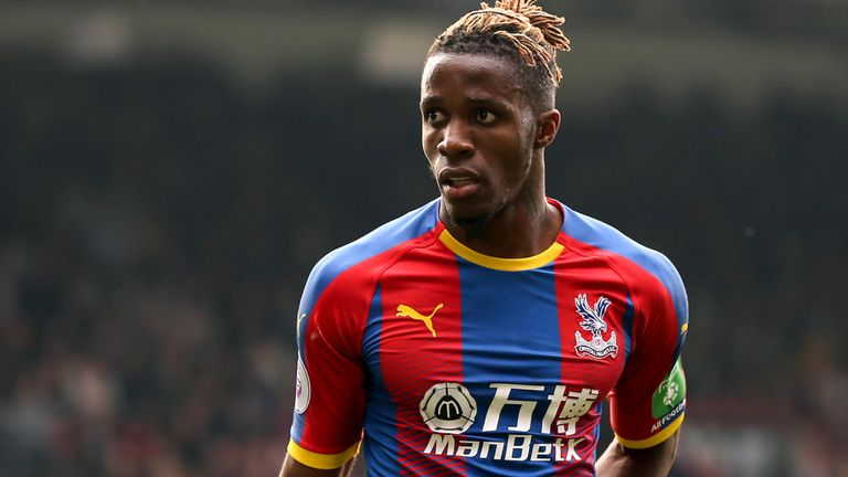 Arsenal-target Wilfried Zaha informs Crystal Palace he wants to leave
