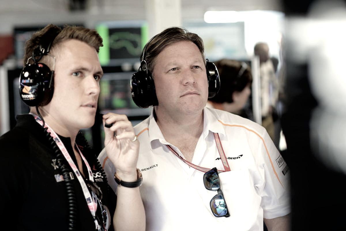 Zak Brown ve a Alonso en un McLaren en 2019, la incógnita es dónde