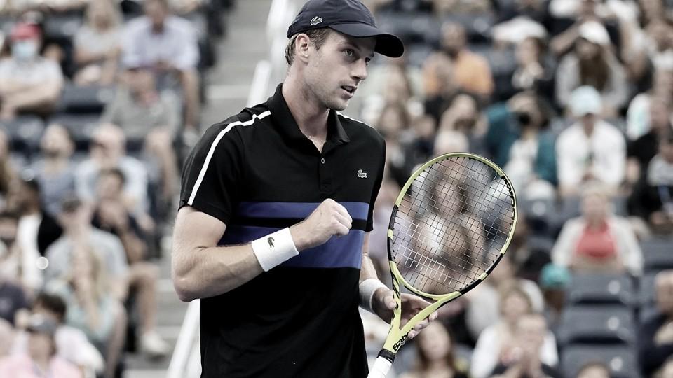 Van de Zandschulp resiste e desbanca Schwartzman em duelo de mais de 4 horas no US Open
